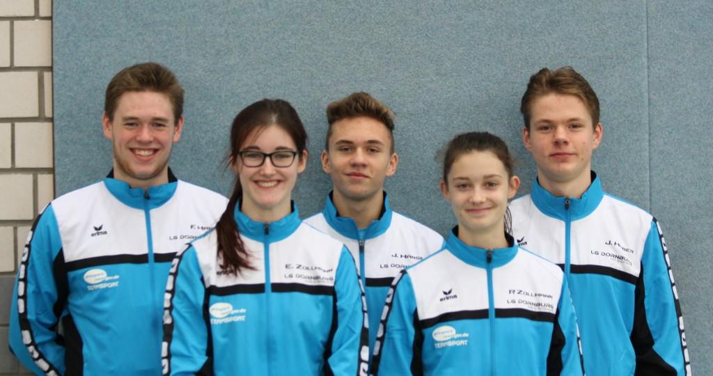 Florian Hanz, Emily Zollmann, Justus Hänsel, Paula Zollmann und Jens Haber (v.links), erfolgreich beim Hallensportfest in Frankfurt