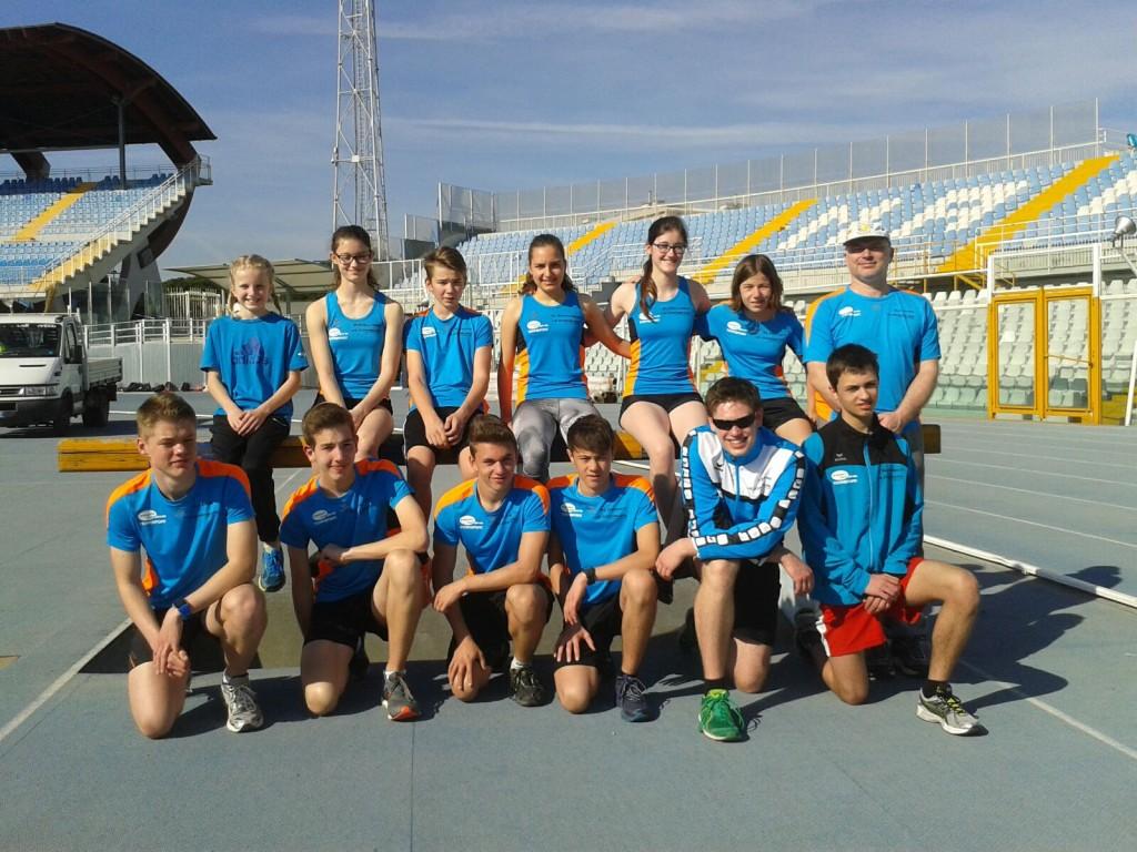 Unsere Sportler in Pescara: hintere Reihe: vordere Reihe